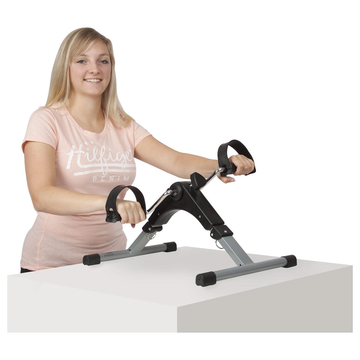 bewegungstrainer arm und beintrainer mini heimtrainer. Black Bedroom Furniture Sets. Home Design Ideas